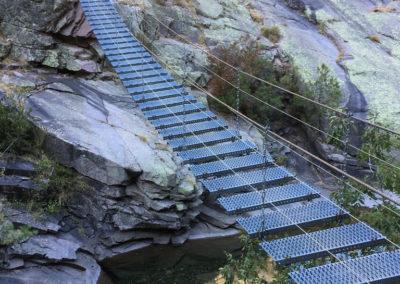 Most za schroniskiem.